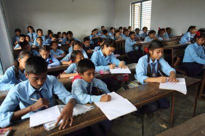 اپنے بچوں کو اسکول بھیجنا چاہتے ہیں ملک کے 74 فیصد والدین نے ہاں میں جواب دیا: سروے